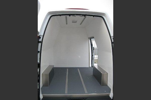 Fahrzeug ausschlagen für Kältetransport
