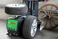 Bosch Reifenmontiermaschine