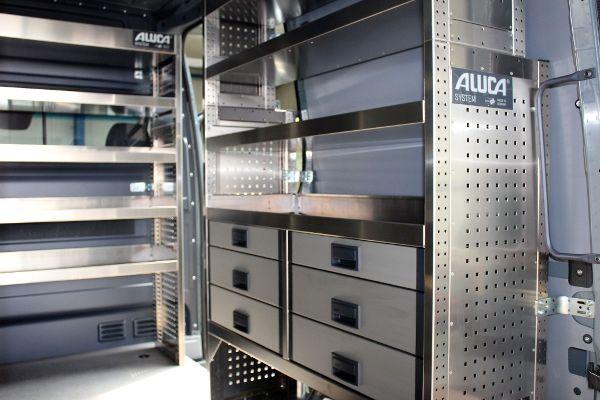 Aluca Regalsystem für Handwerkerfahrzeug