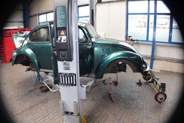 VW Käfer, Vorderachsschemel ausgebaut