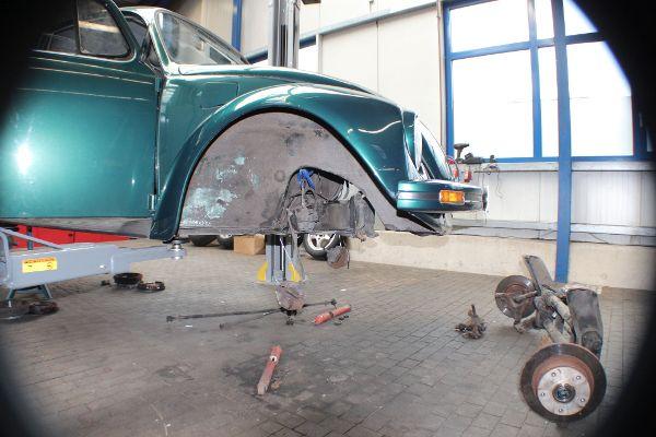 VW Käfer, Vorderachse ausgebaut