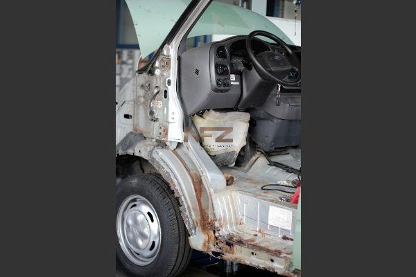 Ford Transit Karosseriearbeiten