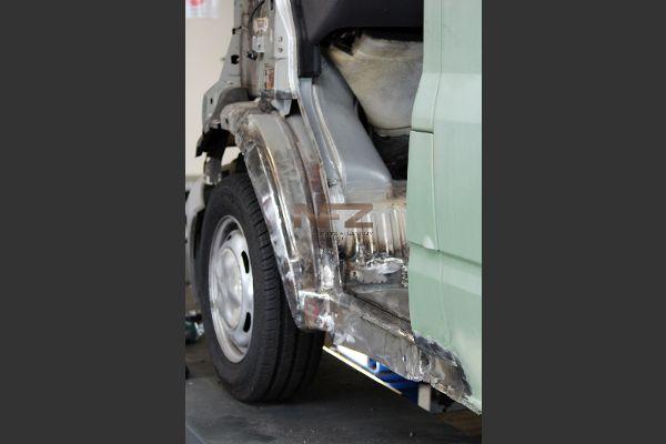 Geschweißt, Karosserieblech eingesetzt