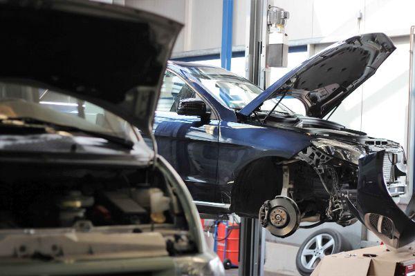 Mercedes-Benz Unfallschaden