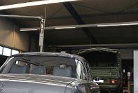 Mercedes Heckflosse in der Werkstatt