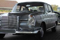 Mercedes Heckflosse: Klimaanlage umbauen, bei uns in der Werkstatt